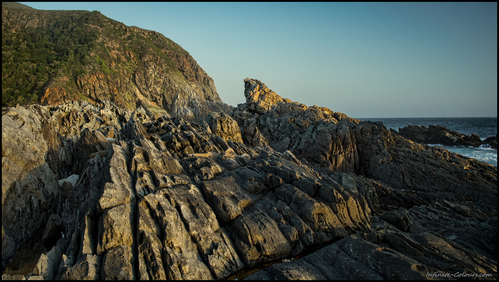 ^The rocks at Oakhurst hut are a big playground for anybody loving the outdoors and provide nice sunset views