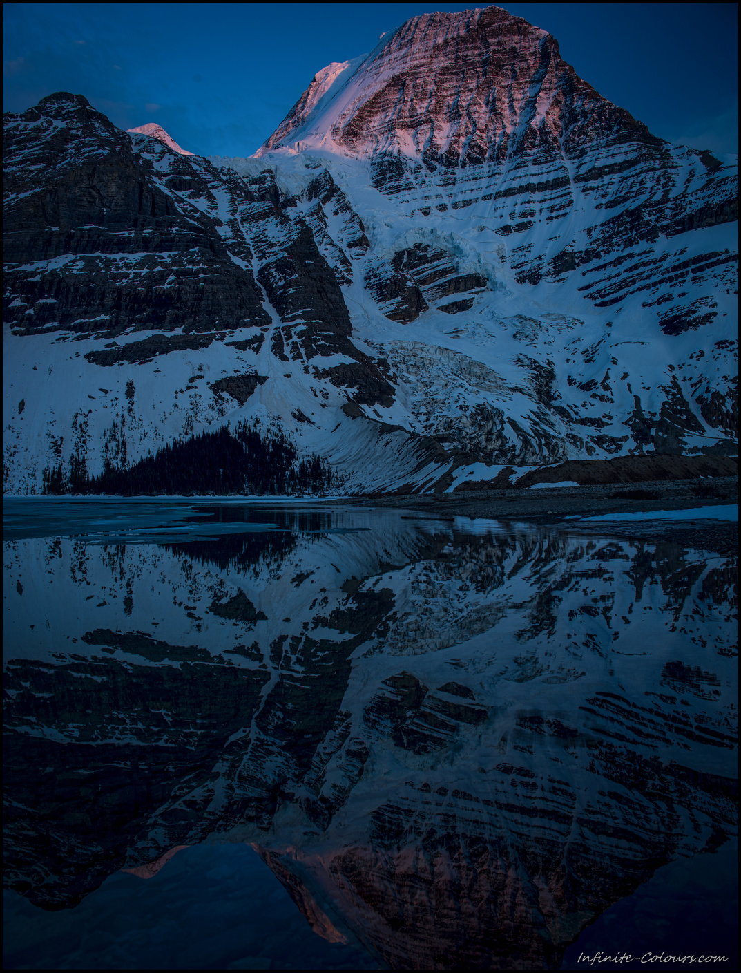Mount Robson reflections at sunset, Berg Lake / Marmot campsite, Sony A7 / Canon FD Tilt Shift 35