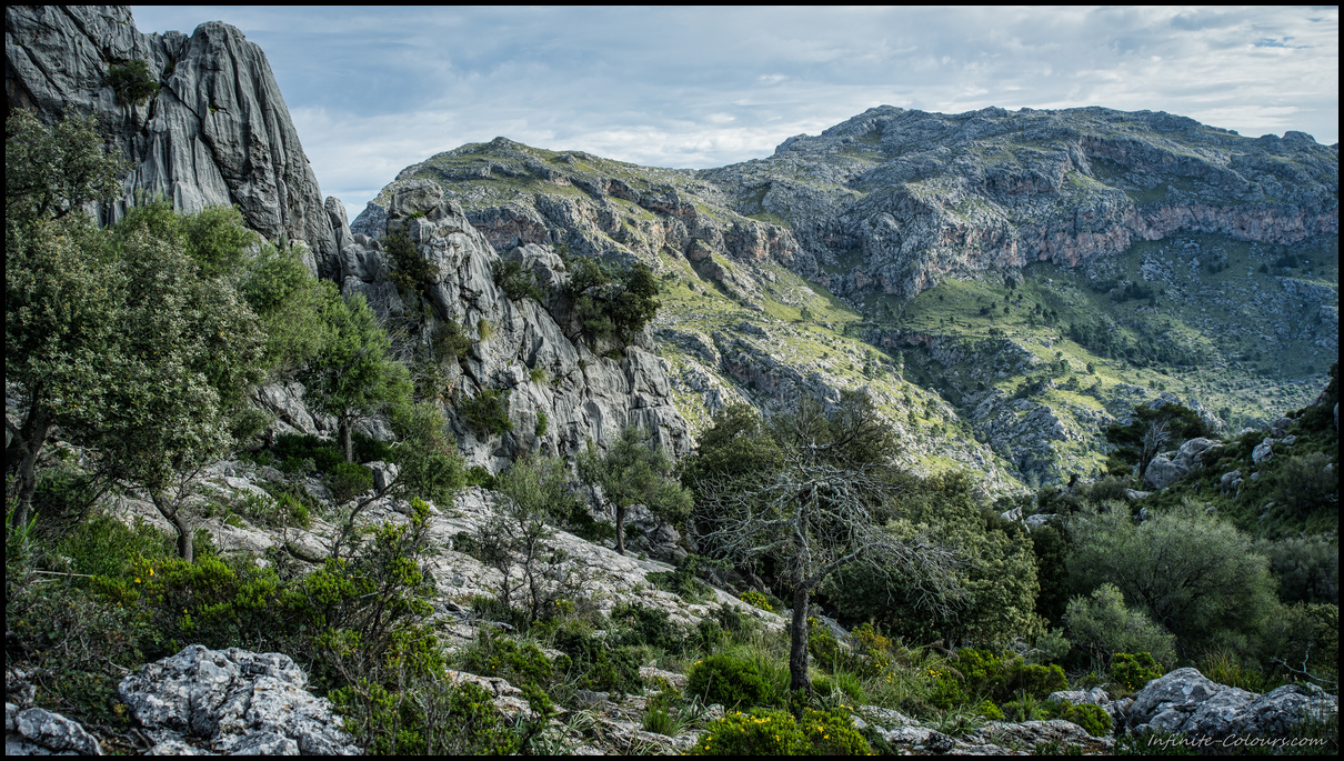 Tramuntana karst landscape at Escorca, Torrent de Paraeis hike