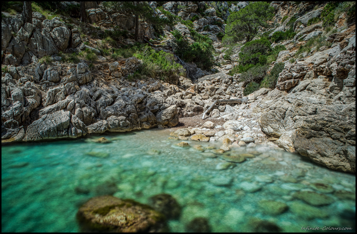 Cala Murta rocky beach long exposure
