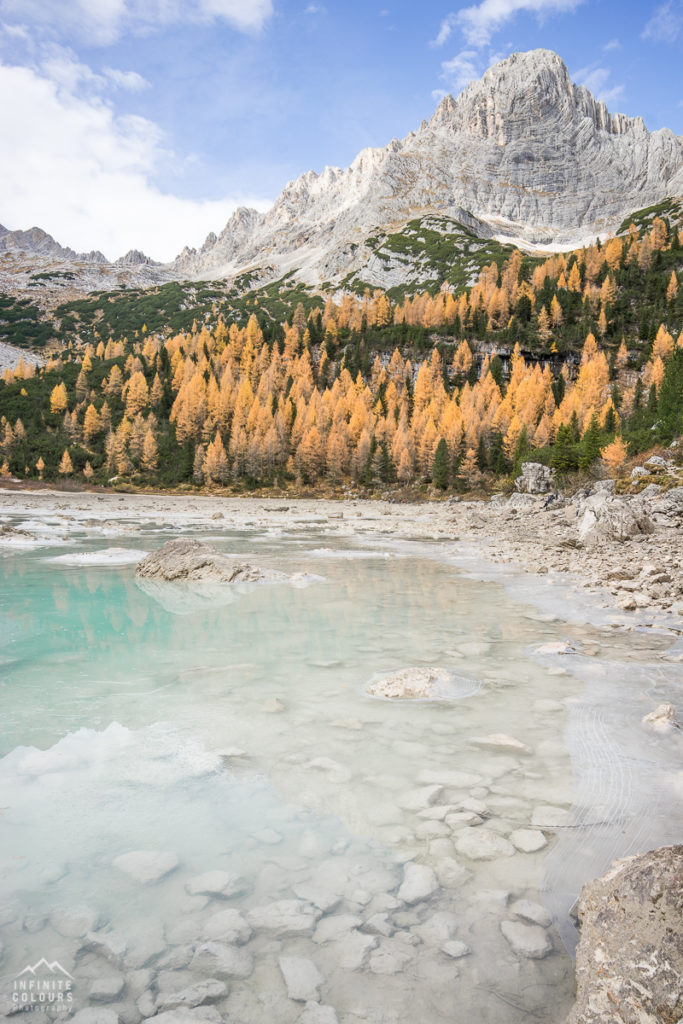 Lago Sorapis La Cesta mountain photography landscape autumn golden larches