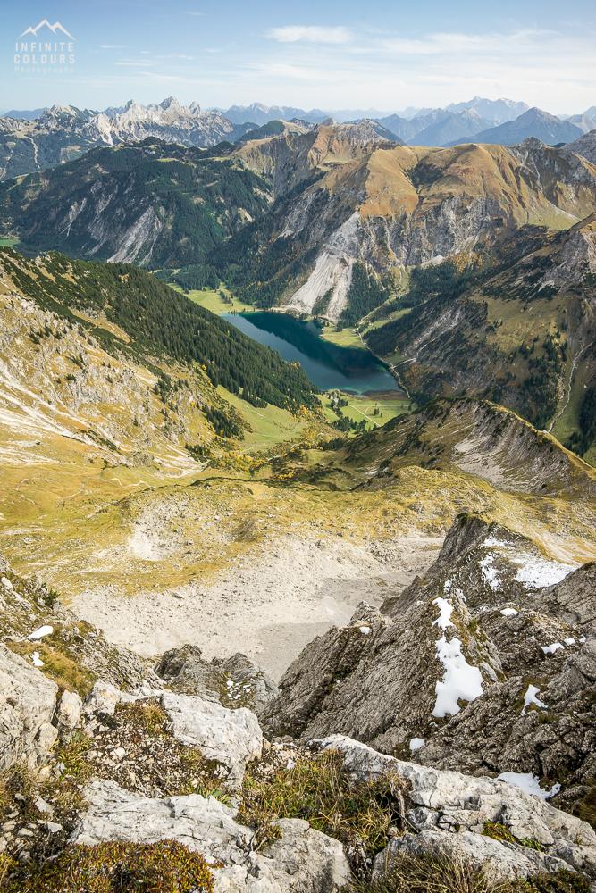 Ausblick Vilsalpsee Rauhorn Zugspitze Tannheimer Tal Tirol Allgäu Landschaftsfotografie Wanderung