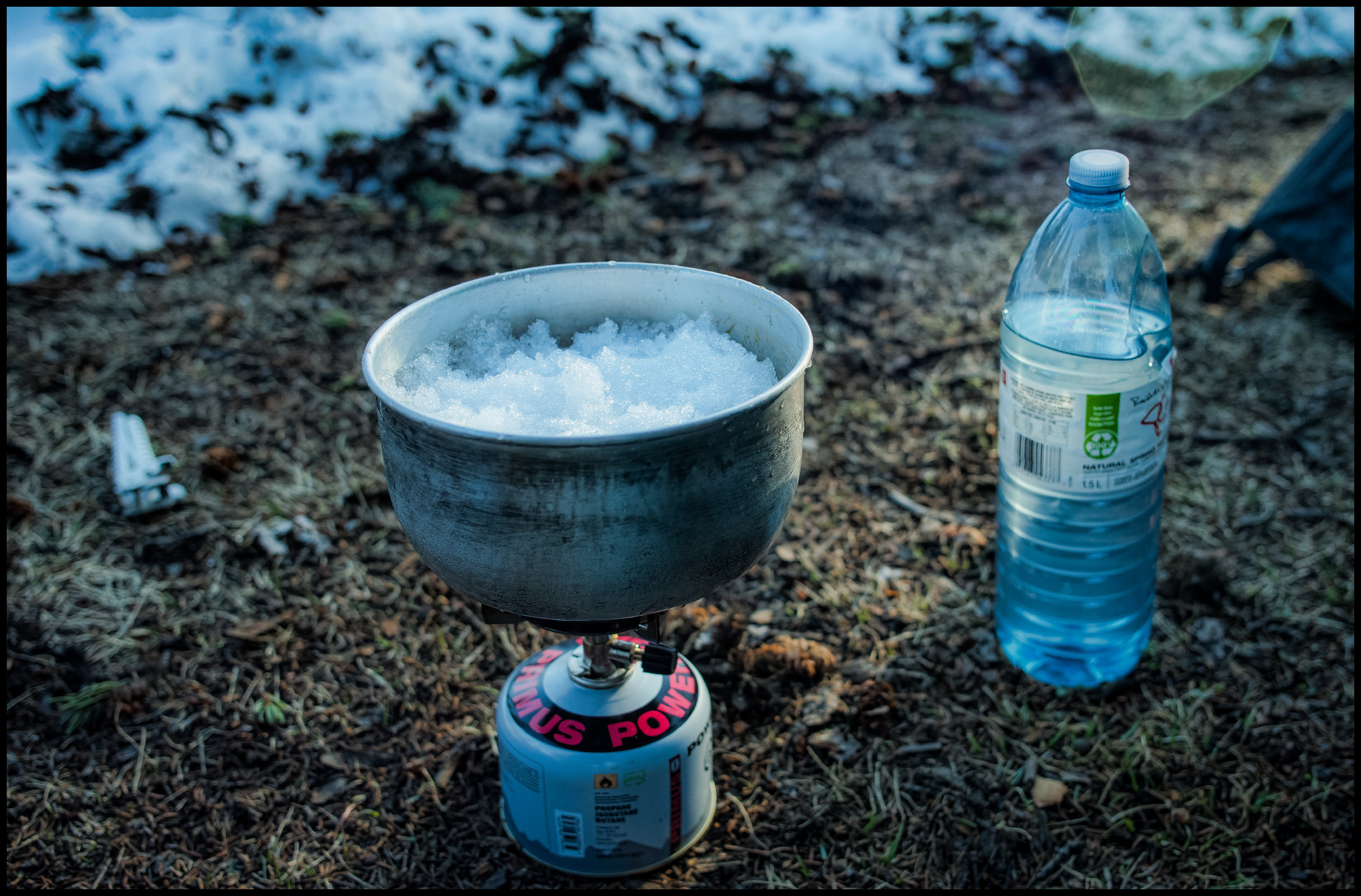 Melting ice @ Yoho Lake Winter Camp Sony A7 / Canon FD Tilt Shift 35 2.8