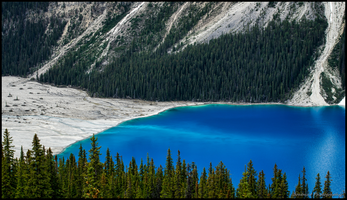 Amazing (almost unnatural) blue colour of Peyto Lake Sony A7 Canon FD 80-200 L