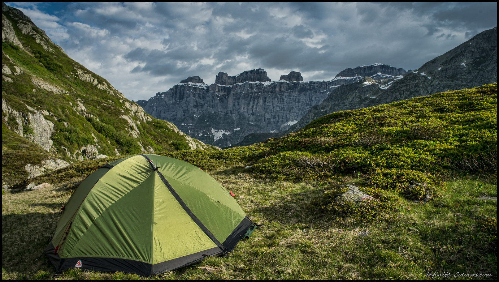 Seebodensee bivouac with Wendenstöcke in the background