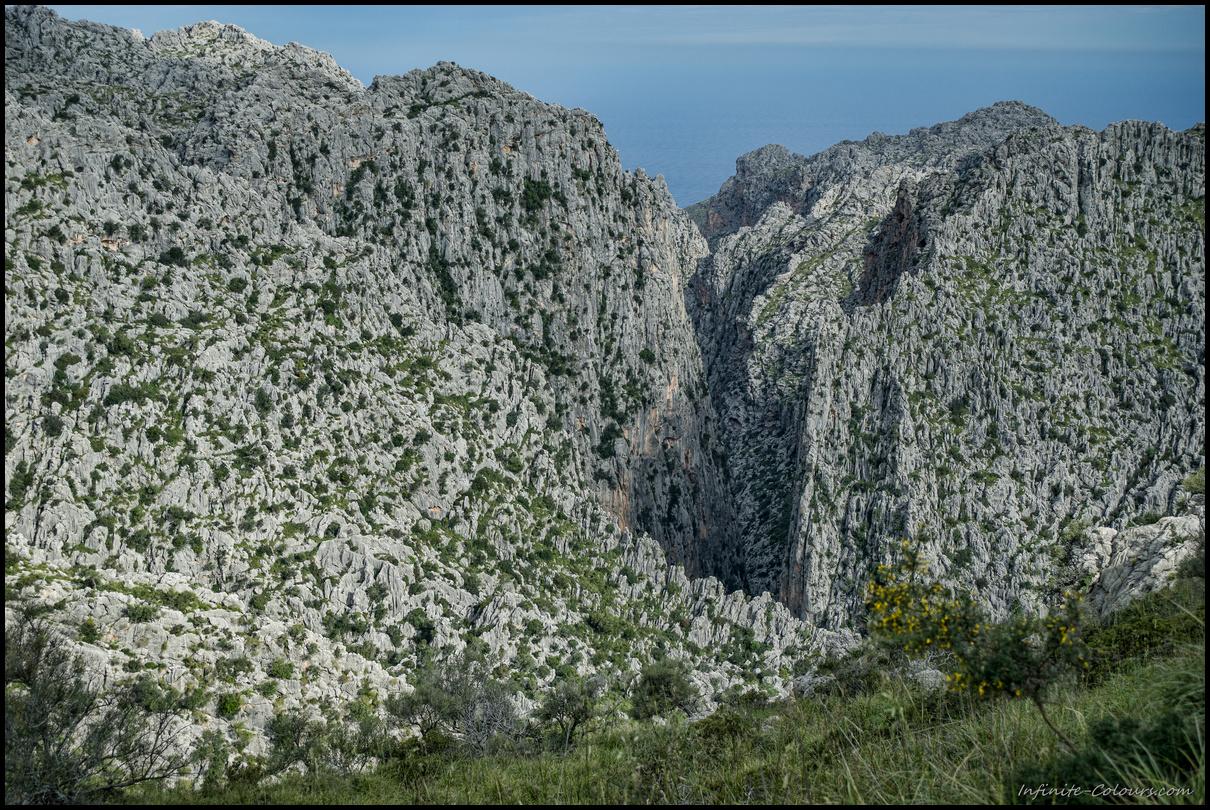 Impressive view of S'Entreforc, Torrent de Paraeis hike