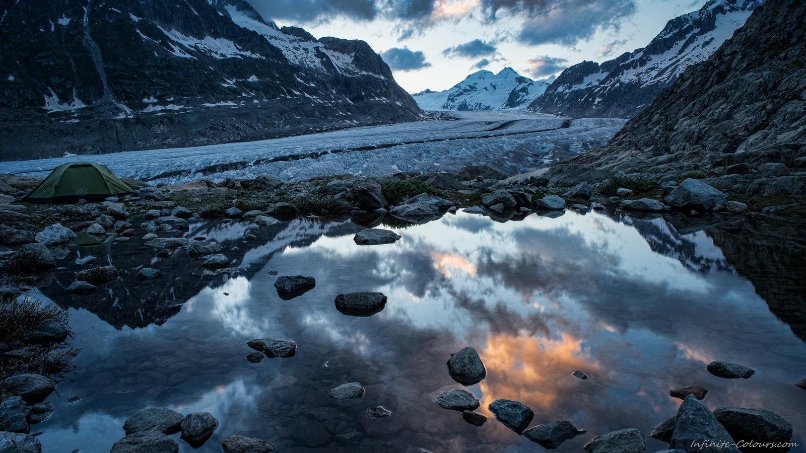 Aletschgletscher Aletsch Gletscher amping campsite biwak bivouac photography