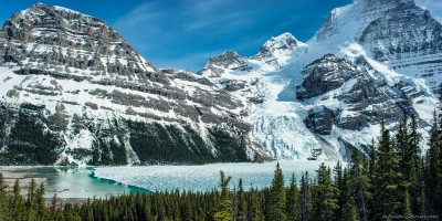 Rearguard, Robson and Berg Glacier over frozen Berg Lake Toboggan Falls, Mt. Robson Provincial Park photography fotografie Sony A7 Minolta MD 35-70 3.5 macro