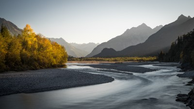 Lechtal-Lech-Landschaftsfotografie-Herbst-Goldener-Herbst-Berge