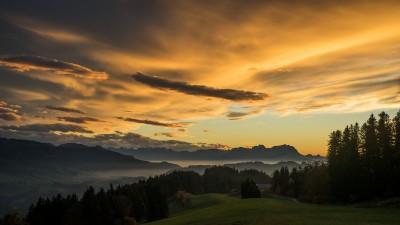 Sulzeberg-Österreich-Vorarlberg-Saenties-Bregenzerwald-Landschaftsfotografie-Sonnenuntergang-Rheintal-Saentisblick