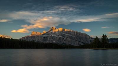 Sony A7 Minolta MD 35-75 3.5 macro Two Jack sunriseTwo Jack Lake, Banff, Canada photography fotografie