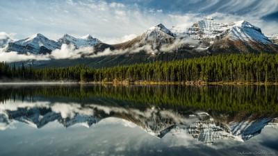 Sony A7 Minolta MD 35-75 3.5 macro Herbert Lake autumn mirrorBanff National Park photography landscape fotografie